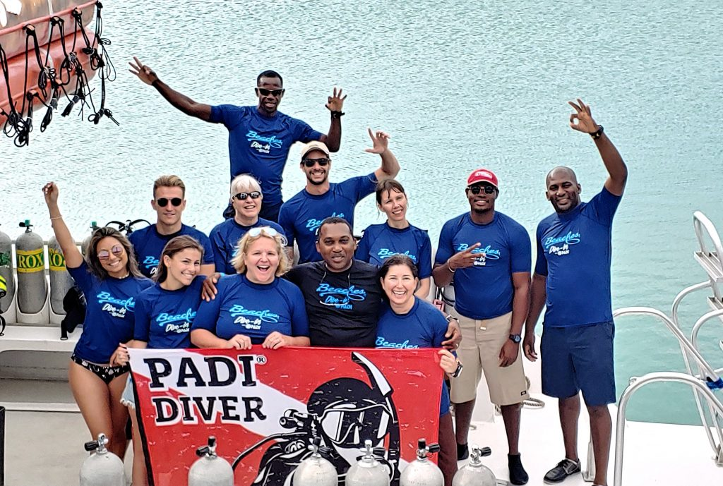 PADI Dive-in LIV+ Beaches Turks and Caicos 2020